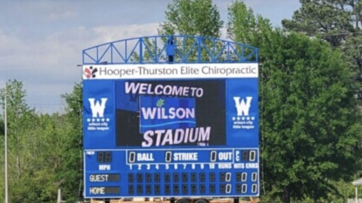 outdoor scoreboard with full screen